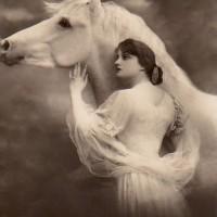 Фотографии из 1900 года: женщина и лошадь - фото 4a6c90768b3e7b49dc131458edbdfa41-200x200, главная Разное Фото , конный журнал EquiLIfe