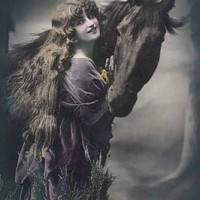 Фотографии из 1900 года: женщина и лошадь - фото PCW210-200x200, главная Разное Фото , конный журнал EquiLIfe