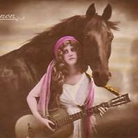 Фотографии из 1900 года: женщина и лошадь - фото mignon-gypsy-horse-200x200, главная Разное Фото , конный журнал EquiLIfe