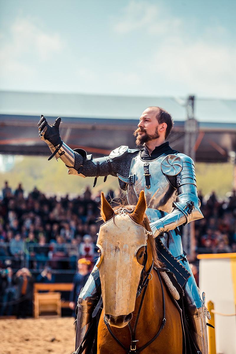 Современный рыцарь Арне Коэтс о седлах, железе и искусстве верховой езды - фото G4A0172, главная Интервью Разное , конный журнал EquiLIfe