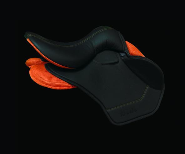 Футуристичные сёдла BUA Saddles! - фото CK6KhBXWgAAay7-, главная Интересное о лошади Разное , конный журнал EquiLIfe