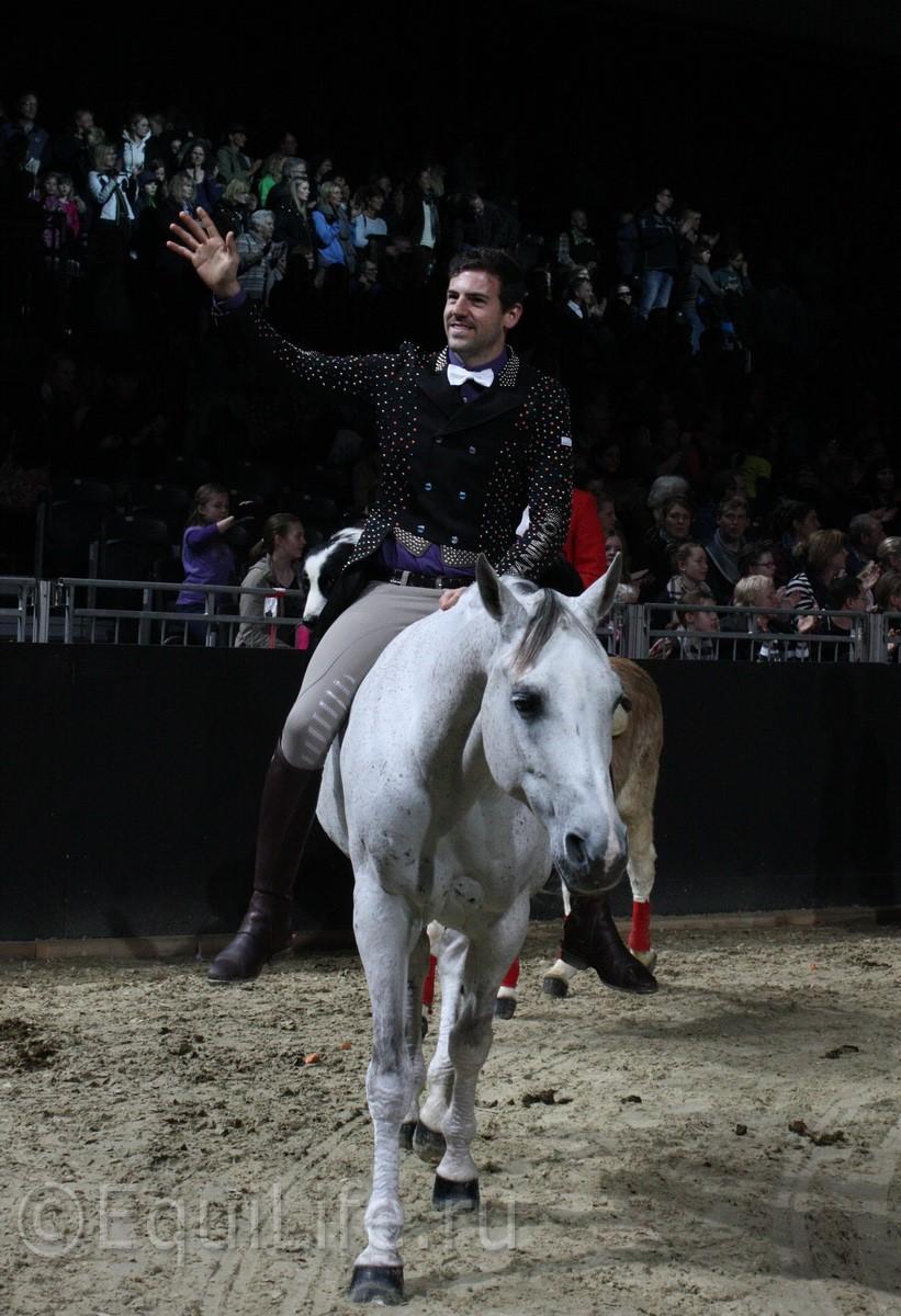 """Санти Серра Кэмпс: """"Еще до того, как я научился ходить, мой отец учил меня сидеть в седле"""" - фото IMG_1820_wm1, главная Интервью Разное , конный журнал EquiLIfe"""