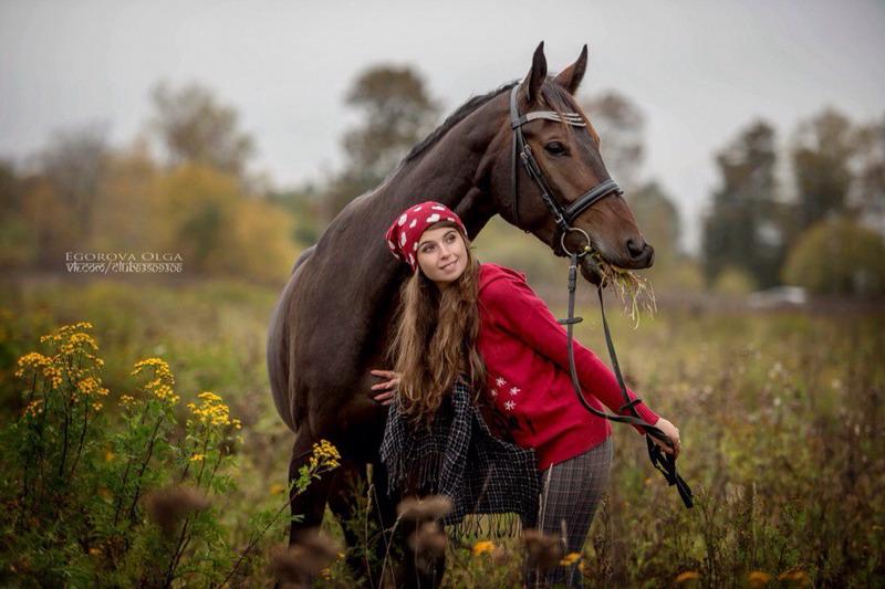 Популярная конная группа ВКонтакте, интервью с Софией Гофман - фото kCahauR2qVw, главная Интервью , конный журнал EquiLIfe