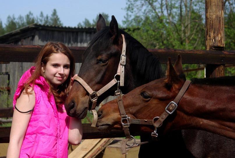 Популярная конная группа ВКонтакте, интервью с Софией Гофман - фото y_4fb07650, главная Интервью , конный журнал EquiLIfe