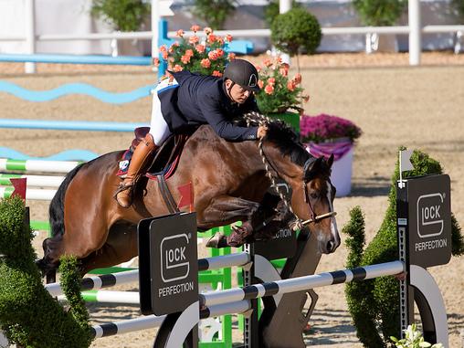 Юрген Краков - конкурист, выступающий на безтрензельном босале  - фото 55e257954d, главная Разное Тренинг , конный журнал EquiLIfe