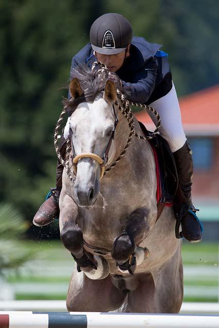 Юрген Краков - конкурист, выступающий на безтрензельном босале  - фото KrackowJuergen_Boulahrouz_07_CSI2_Do_Inter0180_01, главная Разное Тренинг , конный журнал EquiLIfe