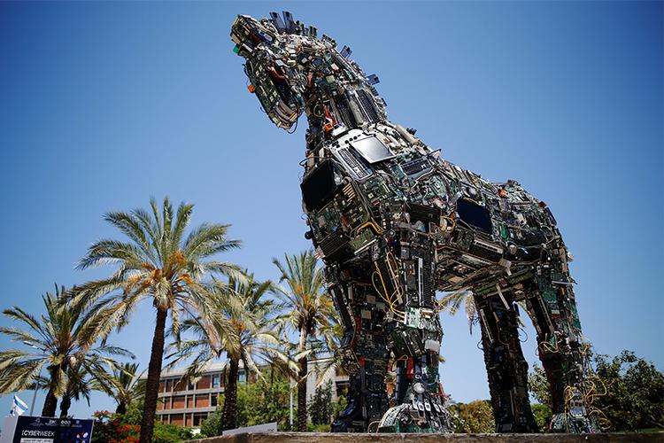 Кибер-конь в Тель-Авиве  - фото 1, главная Новости Разное , конный журнал EquiLIfe