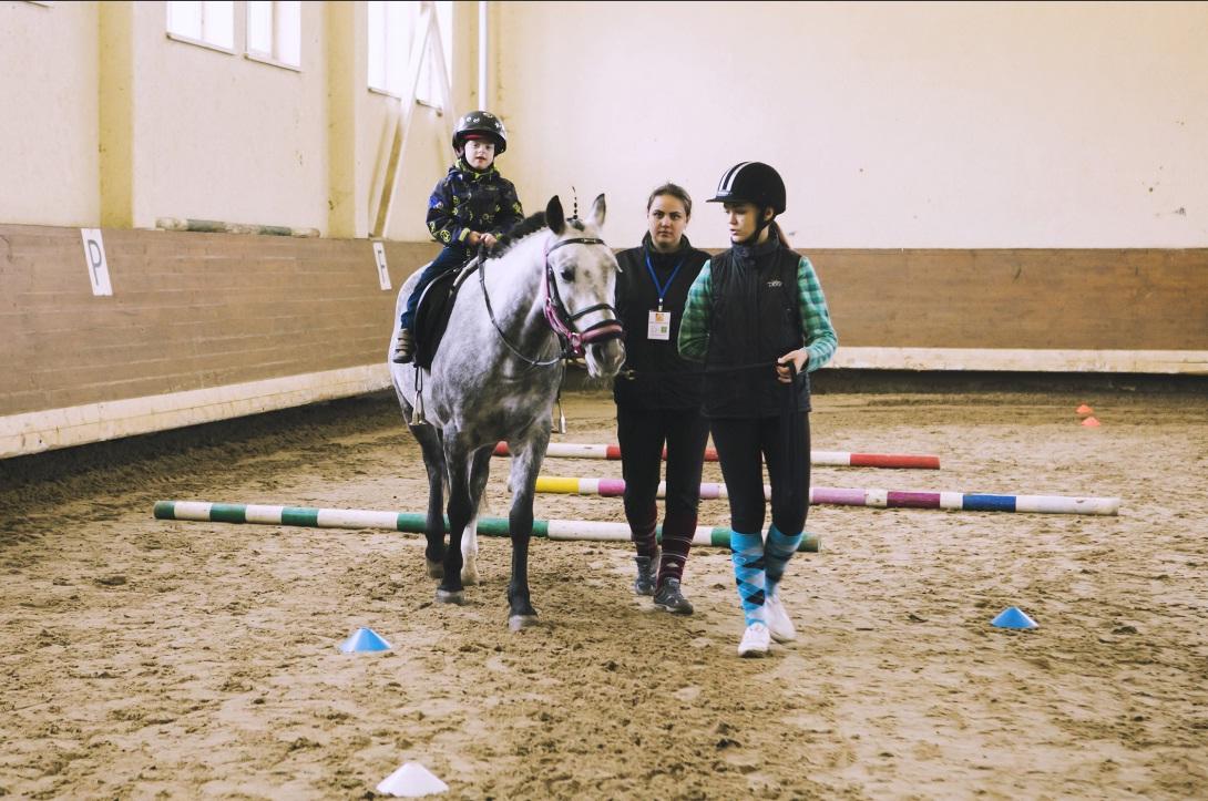 Верховая езда для инвалидов: лечение, реабилитация, спорт - фото 131, главная Разное Тренинг , конный журнал EquiLIfe