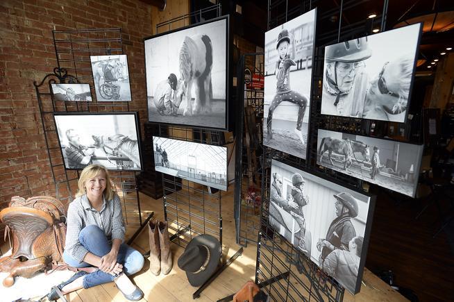 Фотографии с историей: выставка Стефани Мак-Коллистер. - фото 20160904__05RHAARTSHOWw1-2, главная Разное , конный журнал EquiLIfe