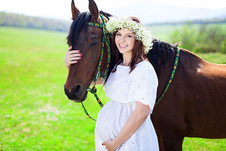 Вдвоем на лошади - верховая езда во время беременности (личный опыт) - фото momjunction_com, главная Конные истории Разное , конный журнал EquiLIfe