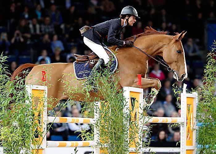 Необычный кожаный трензель - фото f05b7de895c15845fc87b3eefa8e43d5, главная Здоровье лошади Тренинг , конный журнал EquiLIfe