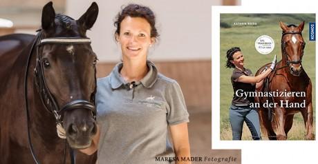 Kathrin Roida Работа с лошадью в руках