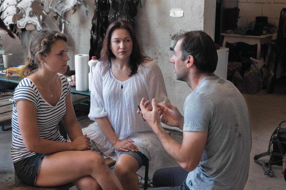 Интервью с каскадером шоу Люраши - Yann Vaille - фото DSC03210-1, главная Интервью , конный журнал EquiLIfe