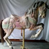 Карусельные лошадки - фото 4-200x200, главная Конные истории Фото , конный журнал EquiLIfe