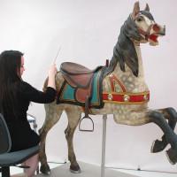 Карусельные лошадки - фото 5-200x200, главная Конные истории Фото , конный журнал EquiLIfe